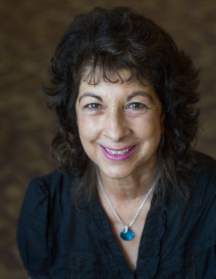 Dr. Elaine Lux