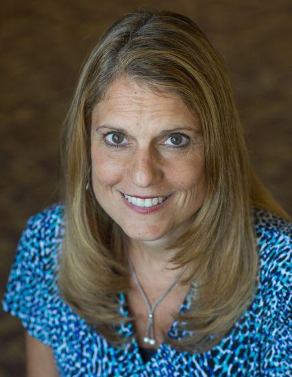 Dr. Lisa Steiner